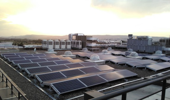 Garanti Bankası Öz Tüketimi için İlk Güneş Enerjisi Yatırımını Yaptı